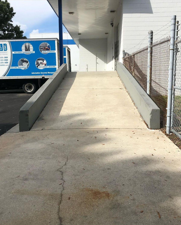 Image for skate spot Stevens & Stevens - Loading Dock Hubba