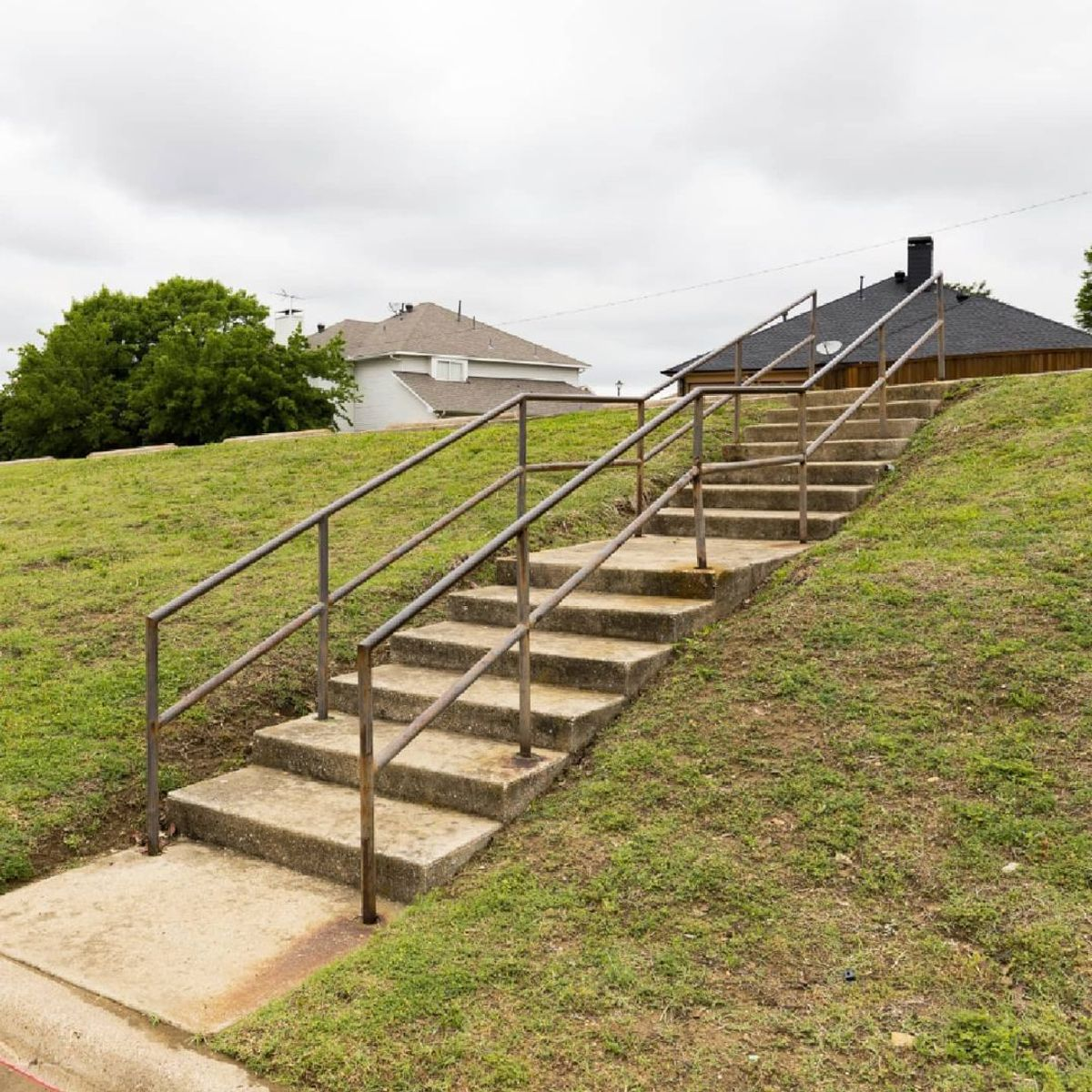 Image for skate spot Carrollton Church - Double Set Rail