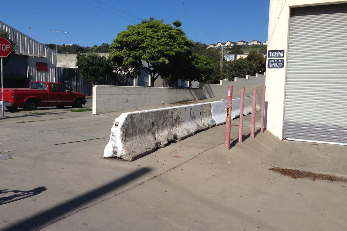 Image for skate spot Bump To Barrier