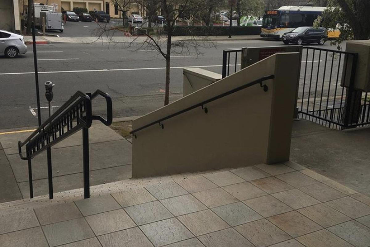 Image for skate spot Wong Center 12 Stair Hubba