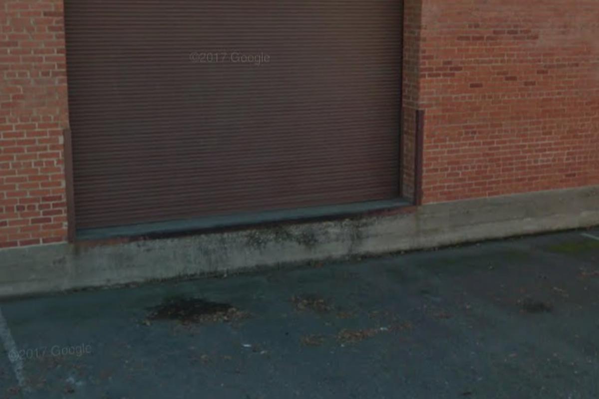 Image for skate spot Ledge. Sacramento. Metal ledge