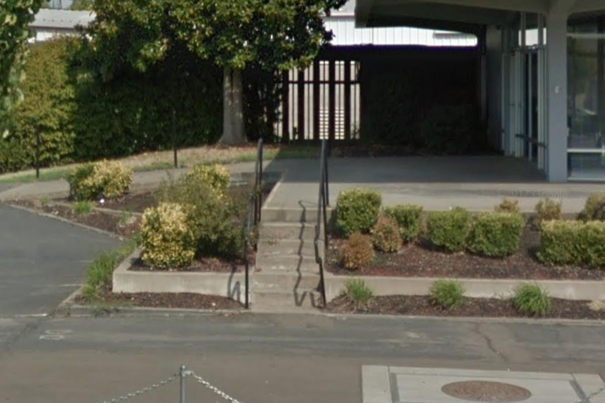 Image for skate spot Gap. Sacramento. Big 2 block gap
