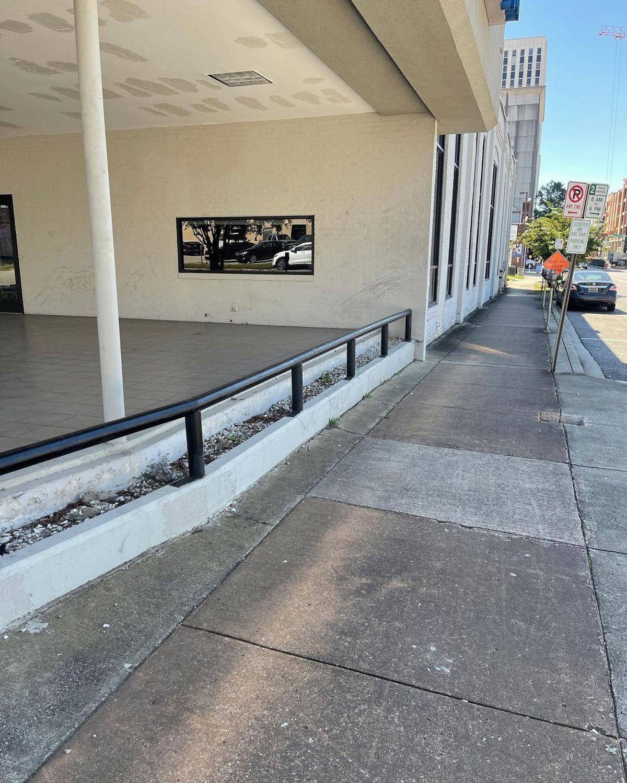 Image for skate spot DaVita - Gap Over Flat Rail