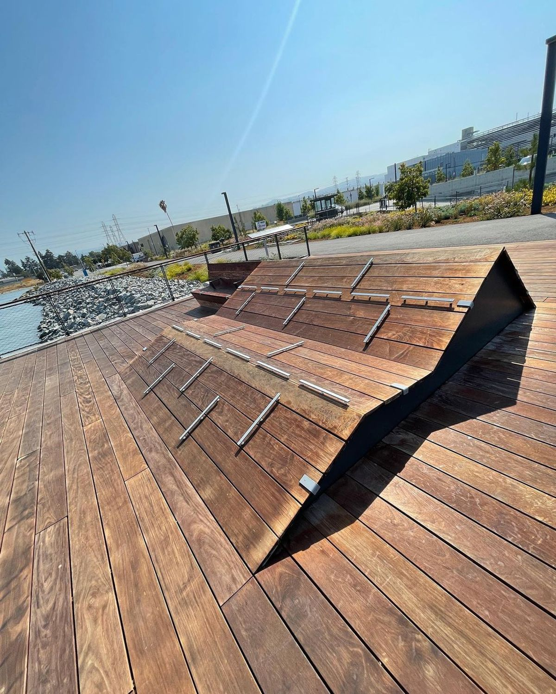 Image for skate spot Airport Boulevard - Wood Ledges
