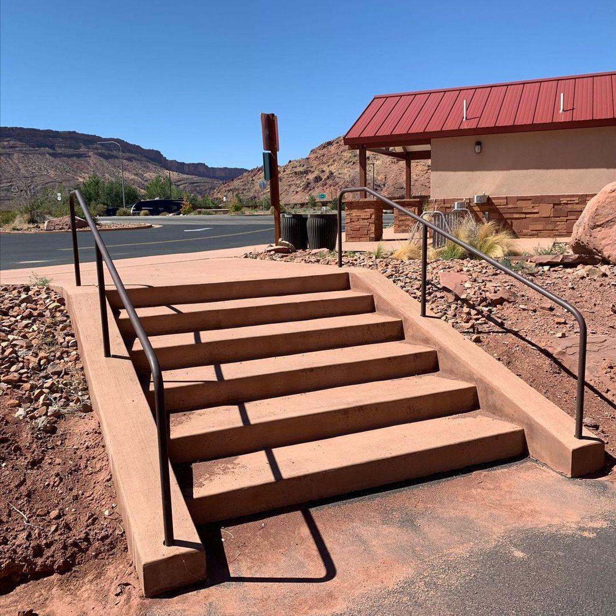 Image for skate spot Lion's Park - 6 Stair Rails