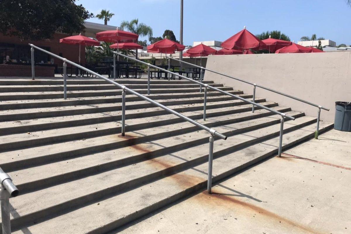 Image for skate spot San Clemente High School 11 Stair Rail