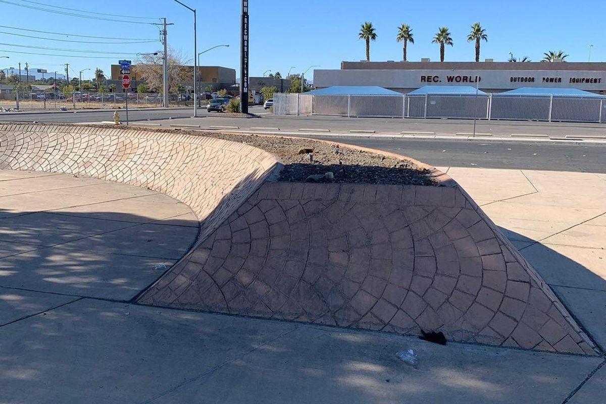 Image for skate spot White St Banks