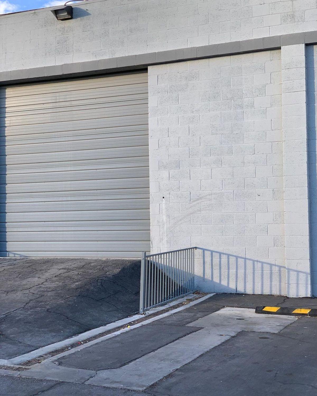 Image for skate spot Cabinet Store Fence Gap