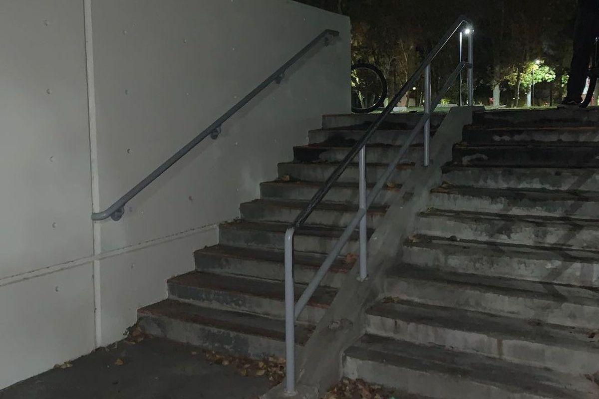 Image for skate spot University of Nevada 10 Stair Rail