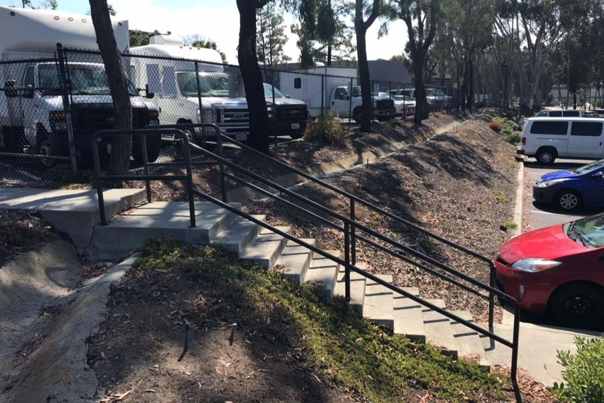 Image for skate spot Old Grove 11 Stair Gap To Rail