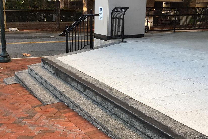 Image for skate spot Ruth's Chris Low To High Stair Ledge