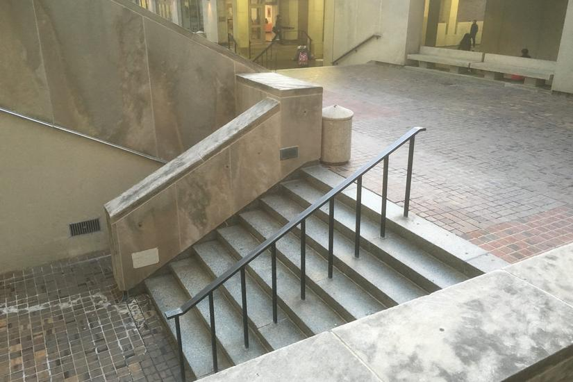 Image for skate spot Anderson Hall 8 Stair Hubba