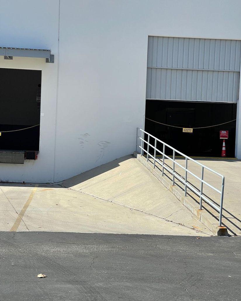 Image for skate spot Avenue Scott Banks