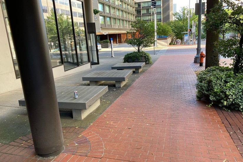 Image for skate spot 1515 Building Wood Square Ledges