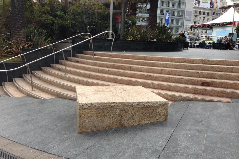 Image for skate spot Union Square Gap To Block