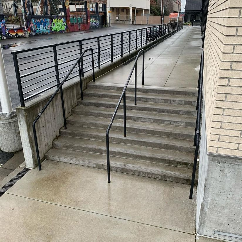 Image for skate spot IDL 8 Stair Rail