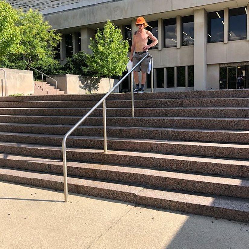 Image for skate spot IUB 9 Stair Rail