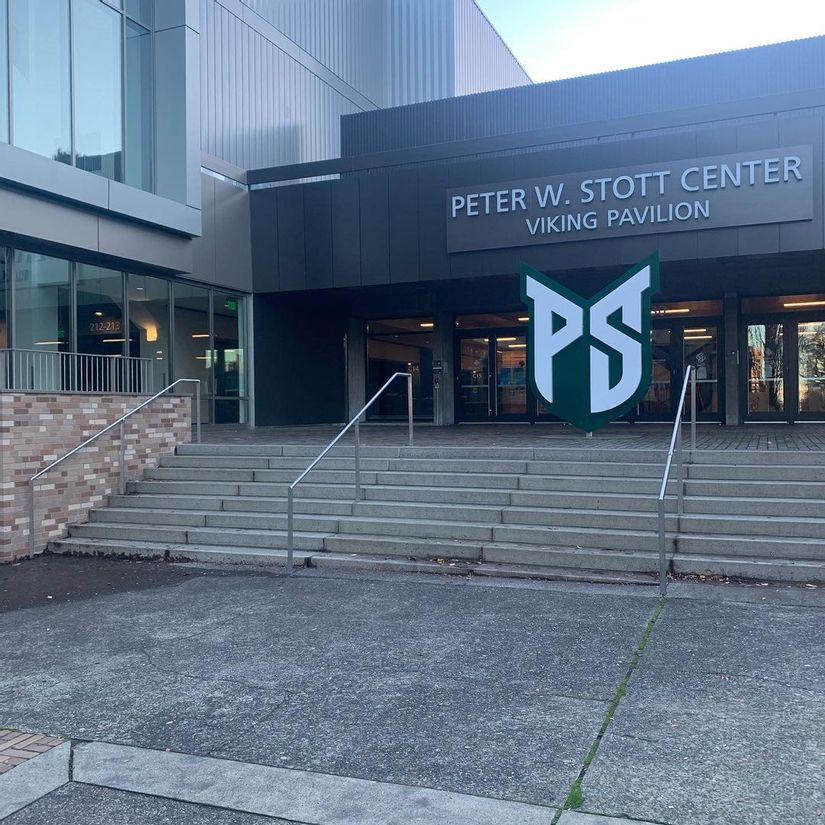 Image for skate spot Portland State University 8 Stair Rail