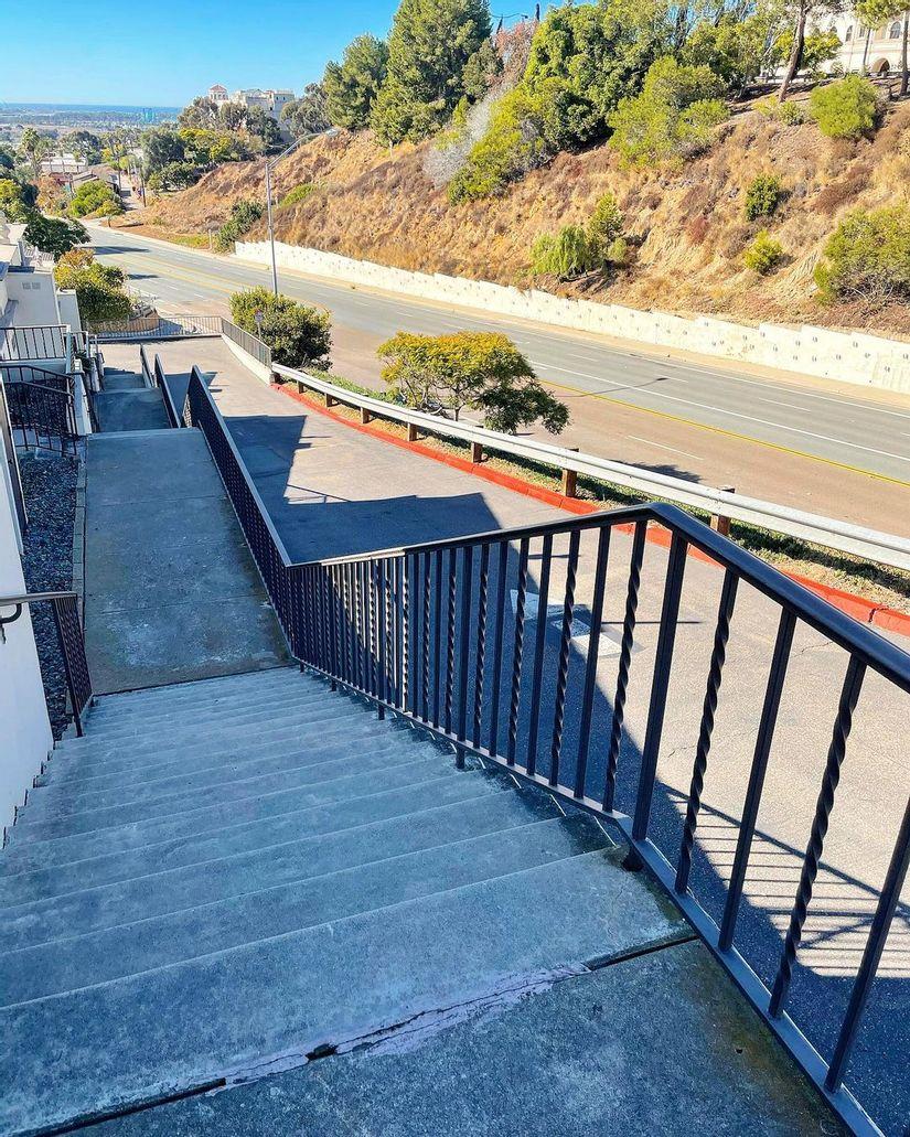 Image for skate spot Goshen St Gap Over Rail