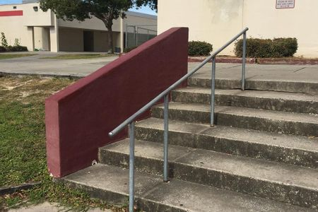 Preview image for Hudson High School 6 Stair Rail / Hubba
