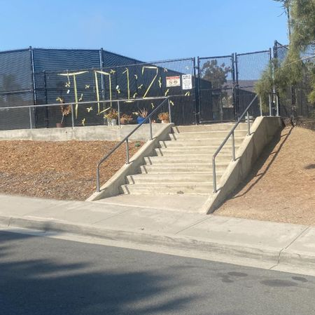 Preview image for La Costa Canyon High School - 8 Stair Rail