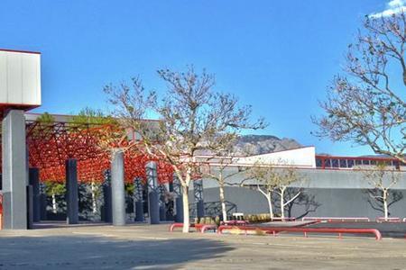 preview image for La Cueva High School Flat Rails