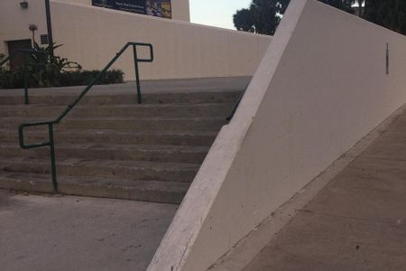 Preview image for The Challenger Memorial 7 Stair Hubba