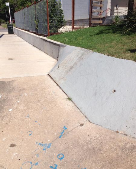 Preview image for E 12th St Ledge To Bank