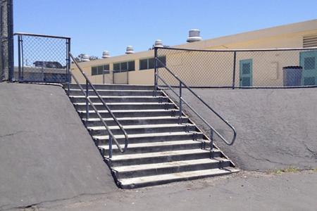 Preview image for Roosevelt 12 Stair Over Rail To Bank