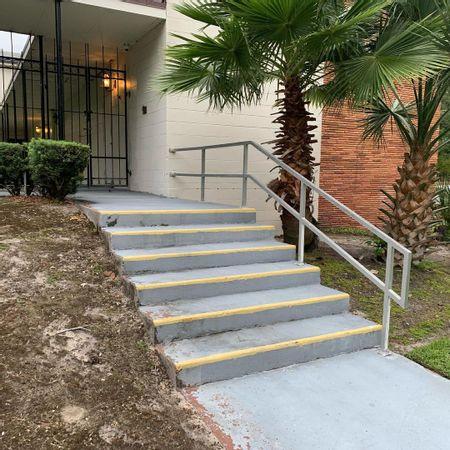 Preview image for Orlando Central SDA Church - 6 Stair Rail