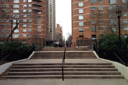 preview image for Bellevue South Park 5 Stairs