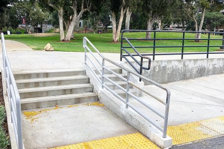 preview image for CSUDH 4 Stair Out Rail