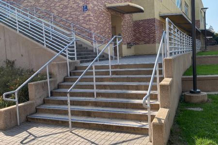 Preview image for Carlmont High School 8 Stair Rail