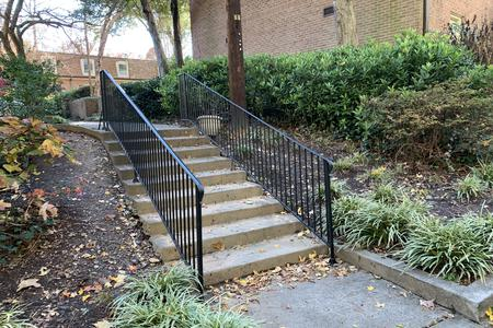 Preview image for Lavista Co-Op 9 Stair Rail