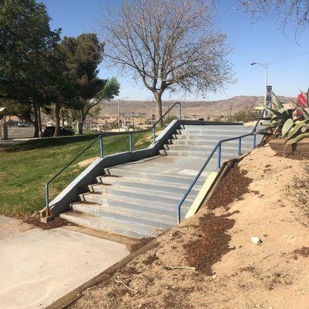 preview image for Dana Park - 6 Flat 6 Double Set Rail