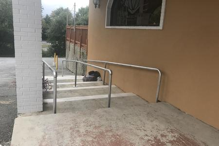 Preview image for Long 7 Stair Rail