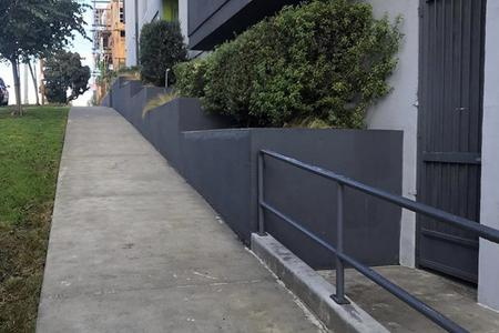 Preview image for SIPA Ledge To Rail