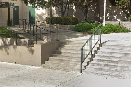 Preview image for Wabash 8 Stair Rails