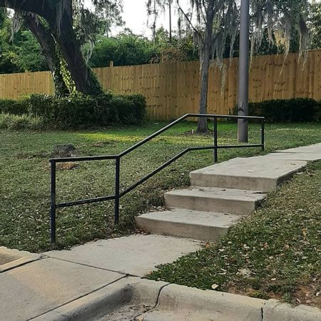 Preview image for The Pavilion 3 Stair Kink Rail