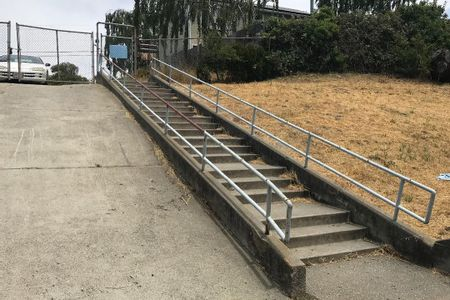 Preview image for Mira Vista Elementary Long 20 Stair Rail