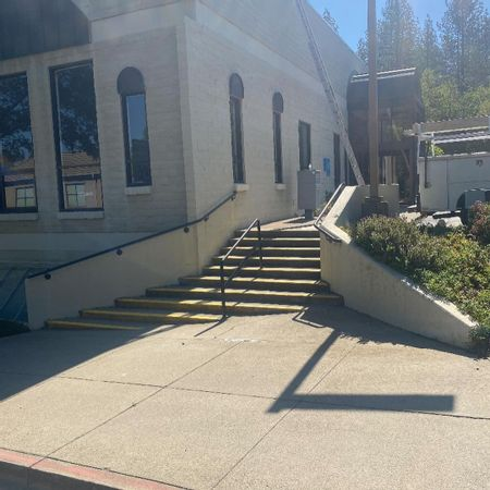 Preview image for Sacramento St - Gap To Rail