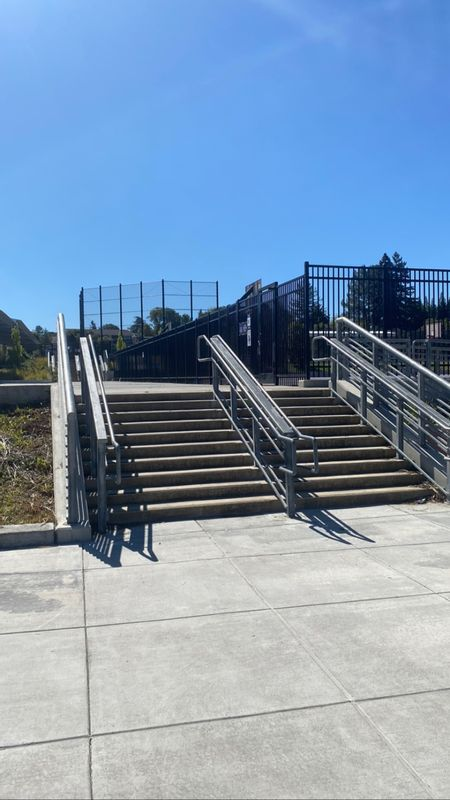 preview image for De Anza High School - 10 Stair Rail