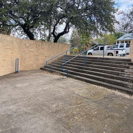Preview image for Lively Middle School 8 Stair Rail