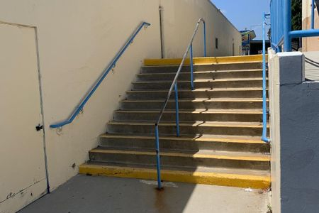 preview image for Jefferson Middle School 11 Stair Rail