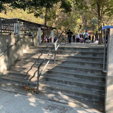 Preview image for Lower Scholl Canyon Park - 8 Stair Rail