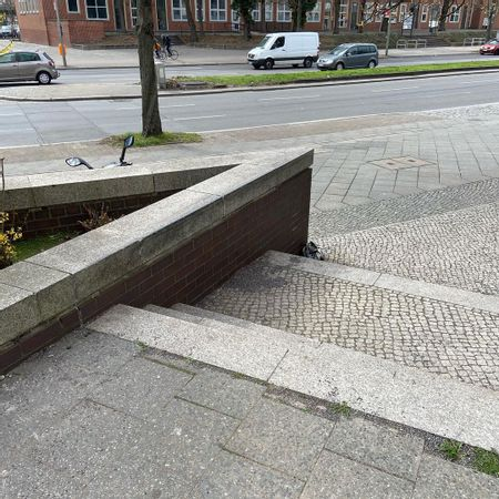 preview image for Sonnenallee - 3 Flat 3 Out Ledge