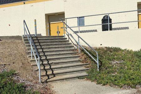 Preview image for Terra Nova High School 12 Stair Rail