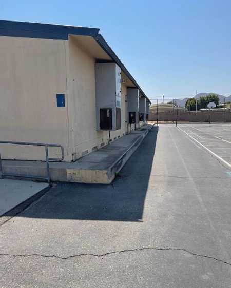 Preview image for Sequoia Middle School - Basket Ball Court Ledges