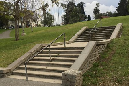Preview image for Hollenbeck RC 7 Stair Rail