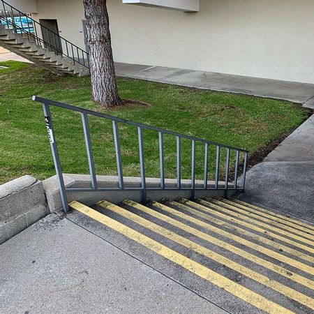 Preview image for La Cañada High School 10 Stair Rail